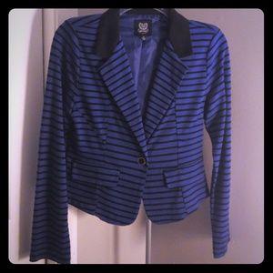 Black and blue blazer 🍁5 for $25🍁